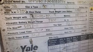 YALE 3 WHEELED FORKLIFT W/CHARGER for Sale in West Mifflin, PA