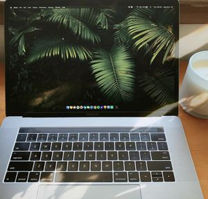 "15"" MacBook Pro w/ Touchbar (250GB) for Sale in Minneapolis, MN"