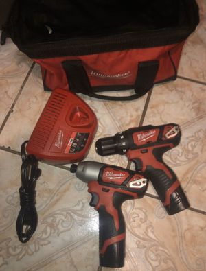 MILWAUKEE 12V IMPACT DRIVER AND DRILL COMBO for Sale in Houston, TX