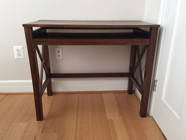Montero Computer Desk with Pull-out Tray