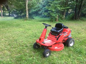 Snapper 11.5HP Rear Engine Riding Mower and Tractor for Sale in Marshall, VA