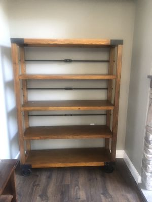 Shelf for Sale in Brentwood, CA