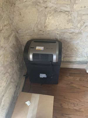 Royal Papershredder 1620MX for Sale in Austin, TX