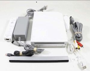 Nintendo Wii vintage game Console complete with controller for Sale in Lake Forest Park, WA