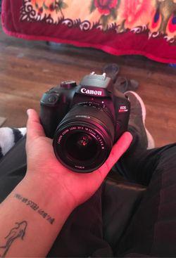 Canon rebel T100 for Sale in Denver,  CO