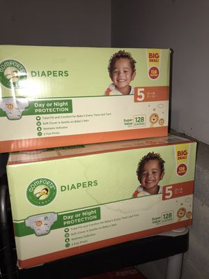 Size 5 ~ 256 Comforts Diapers for Sale in Douglasville, GA