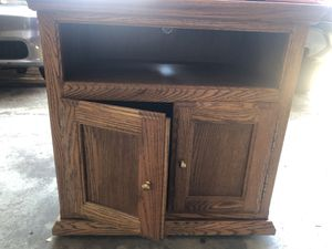Side table/TV stand for Sale in Dallas, TX