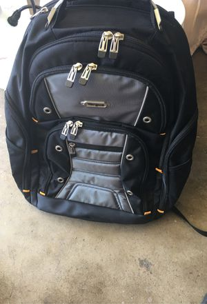 "BLACK/GREY DRIFTER II LAPTOP BACKPACK 17"" for Sale in Lake Forest, CA"
