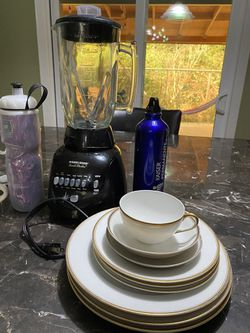 Dishes in good condition/blender is sold for Sale in Portland,  OR
