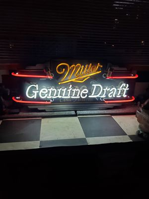 """Very large 3ft vintage Miller Genuine Draft in the and sighing. Works as it should roughly 40"""" wide for Sale in Morton Grove, IL"""