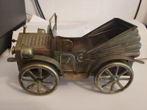 Vintage metal copper music box car...music box not working for Sale in Brooklyn, NY