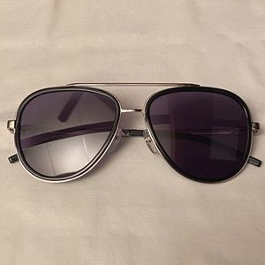 Marc Jacobs Black & Silver Aviator Sunglasses 136S 0CSA for Sale in Canonsburg, PA