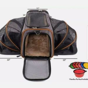 (FIRM PRICE) The Original Airline Approved Expandable Pet Carrier BLACK for Sale in Santa Ana, CA