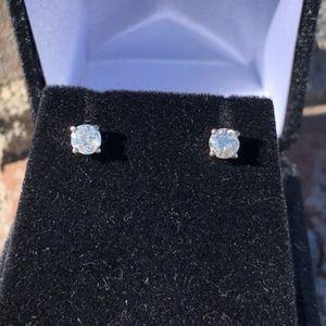 Diamond Studs .50 CTW (.25 each) in 14kt White Gold #10807 for Sale in Scottsdale, AZ
