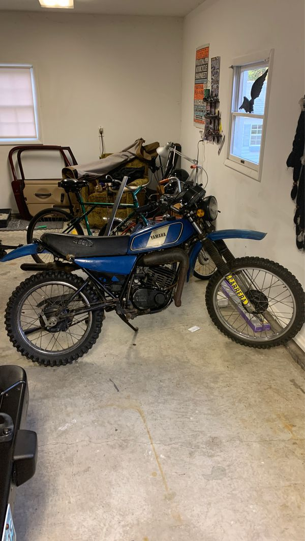 1977 YAMAHA DT ENDURO RUNS GREAT (CASH ONLY)