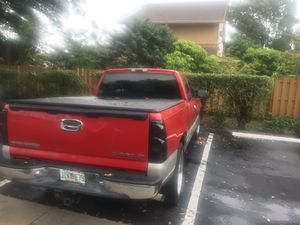 2004 Chevy Silverado for Sale in Opa-locka, FL