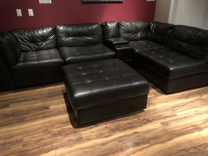 6-piece sectional couch - black for Sale in Brier, WA