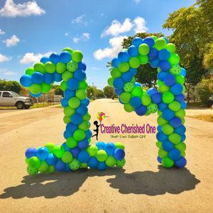 Balloon decor for Sale in Fort Lauderdale, FL