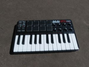 Akai Professional MPK mini Laptop Production Keyboard for Sale in Albany, CA
