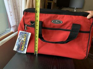 Duffle Bag Red Everest for Sale in Los Angeles, CA