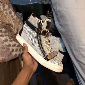 Guiseppe Zanotti Sneakers size 9 for Sale in MD, US