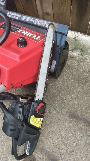 Craftsman 18 in chainsaw for Sale in Parma Heights, OH
