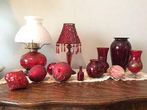 Cranberry theme home decor, glass drapes lamps for Sale in St. Louis, MO