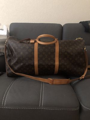 Authentic Louis Vuitton Keepall Bandouliere 60 for Sale in Denver, CO