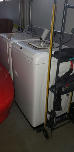 Maytag Bravos XL Commercial Technology Washer & Dryer for Sale in Arvada, CO