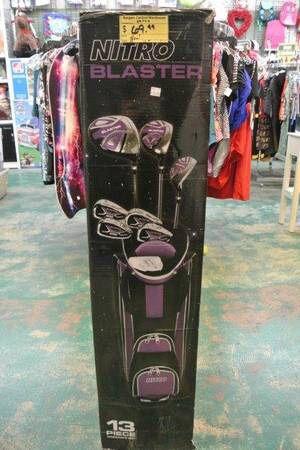 Nitro Blaster Womans / Ladies 13 Piece Golf Club Set for Sale in Mesa, AZ