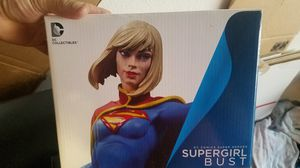 """DC Comics Collectibles 52 Super Heroes Supergirl 6"""" Mini Bust Statue Figure for Sale in Mission Viejo, CA"""