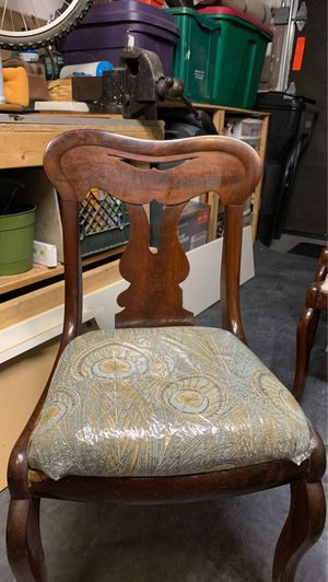 Antique accent chair for Sale in Swampscott, MA