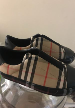 Burberry for Sale in Hapeville, GA
