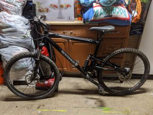 Iron horse ( full suspension) mountain bike for Sale in San Diego, CA