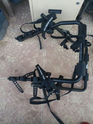 HollyWood bike rack for 3 for Sale in Hawthorne, CA