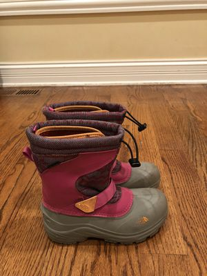 North Face Winter Snow Boots Girls Size 3 for Sale in Highland Park, IL