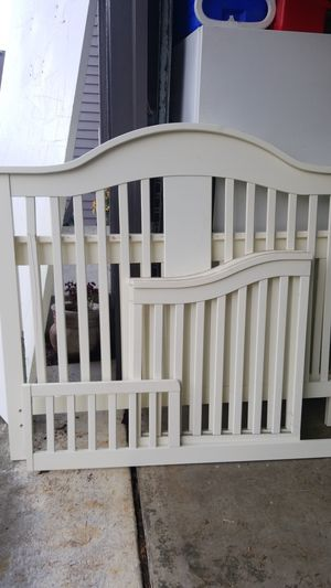 Kids crib, small bed for Sale in Bothell, WA