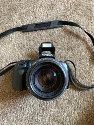 Minolta Maxxum 400si Film Camera With Lens for Sale in Visalia, CA