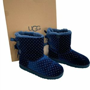 UGG Florescent Blue Bailey Diamond Sparkle Girls Boots for Sale in Bloomington, IL