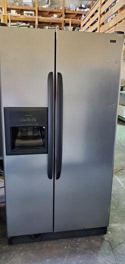 Kenmore CONTACT TODAY! Refrigerator Fridge 36in Wide #1631 for Sale in San Bernardino,  CA