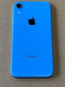 iPhone XR 64GB Blue Unlocked for Sale in Des Moines,  WA