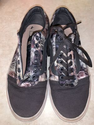 Ladies Vans shoes size 7.5 for Sale in Colorado Springs, CO