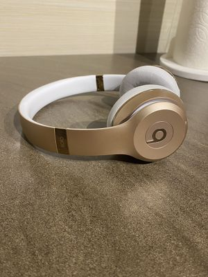 Beats Solo 3 Gold for Sale in Portland, OR