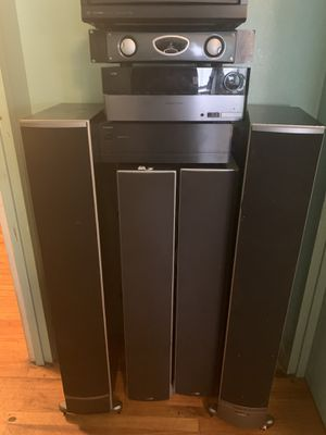 ONKYO sets with Reference Amplified A500 and Harman/Kardon for Sale in New York, NY