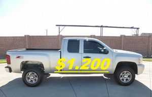 🍁Fully Maintained$1200 I'm Selling URGENT!2011 Silverado 🍁!4WDWheelss!🍁 for Sale in Long Beach, CA
