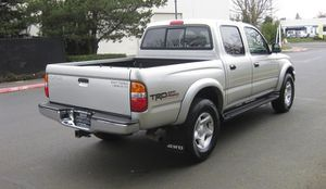 Luxxe 2OO4 Toyota Tacoma Clean 4WDWheelss for Sale in San Diego, CA