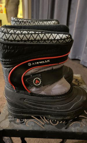 Airwalk boy Snow boots toddler size 8 for Sale in Carson, CA