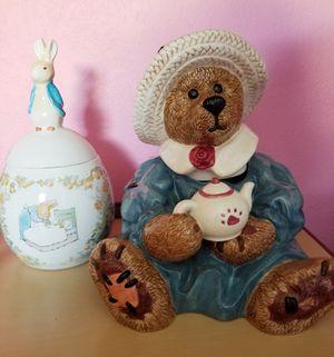Boyd's bear & beatrix potter cookie jars for Sale in Hudson, FL