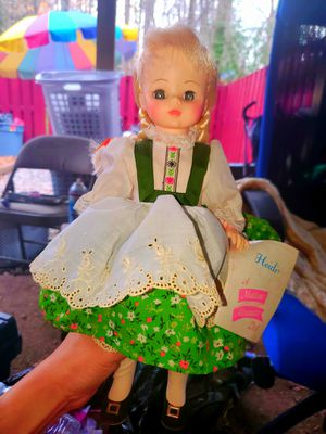 Heidi A Madame Alexander Vintage Doll W/ Tags for Sale in Woodbridge, VA