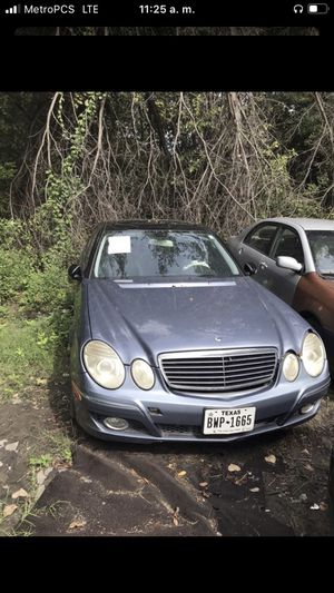 Mercedes benz 2007 E350 for parts for Sale in Dallas, TX